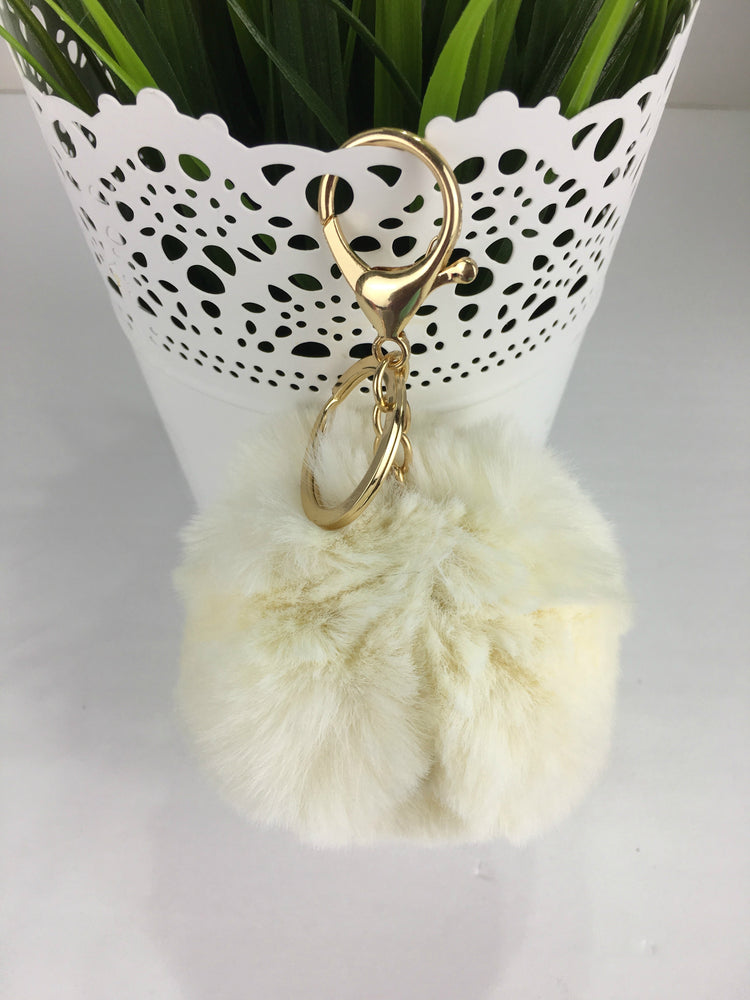 POMPOM PURSE CHARM IN WHITE