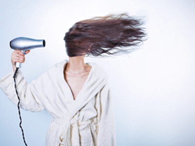 The advantages of blowdrying and not blowdrying your hair.