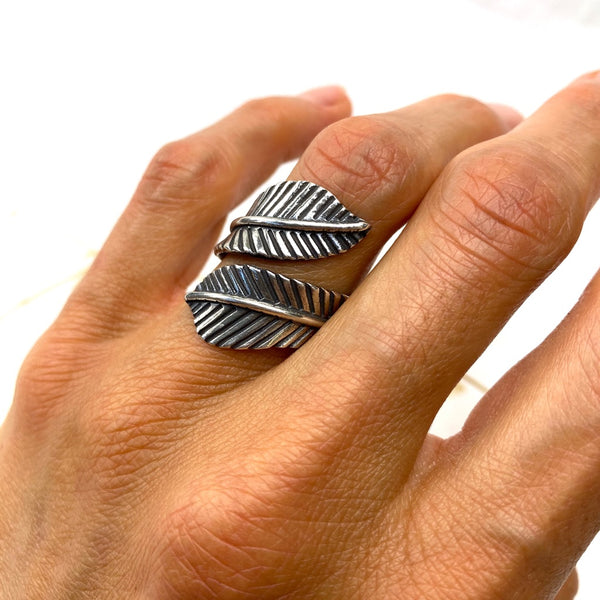 Adjustable Double Feather Ring