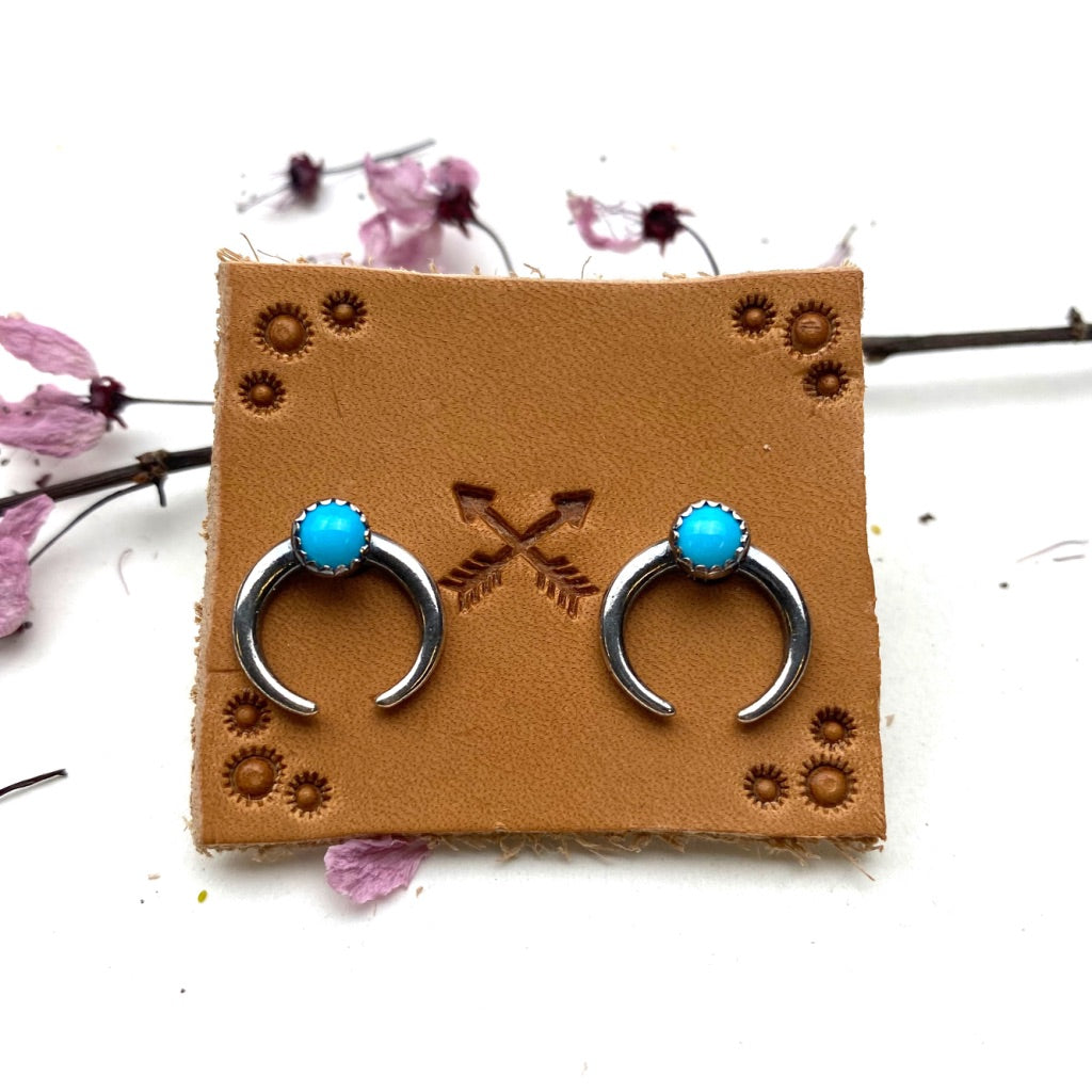 Tiny Naja Earrings - Meltdown Studio Jewelry