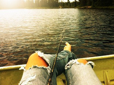 #fishing #rippedjeans #jeans #boat #fishingday #girlsthatfish #fish #country #countrygirl #cowgirl #cowgirllife #countrylife #photography #photooftheday