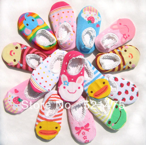 Free shipping NEW Baby Fashion Socks Shoes For newborn Baby Shoes non-slip rubber children footwear girls lace short socks