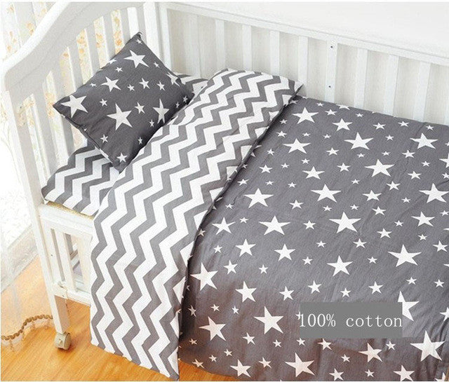 Aden Bears 3 Pcs Cotton Crib Bed Linen Kit Cartoon Baby Bedding Set