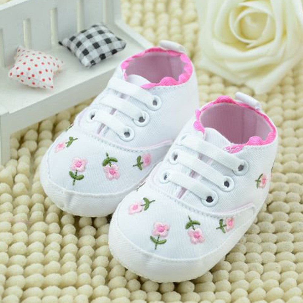 Baby Girl Shoes White Lace Embroidered Soft Shoes Prewalker Walking
