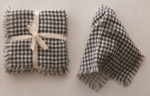 Black & White Gingham Napkin Set