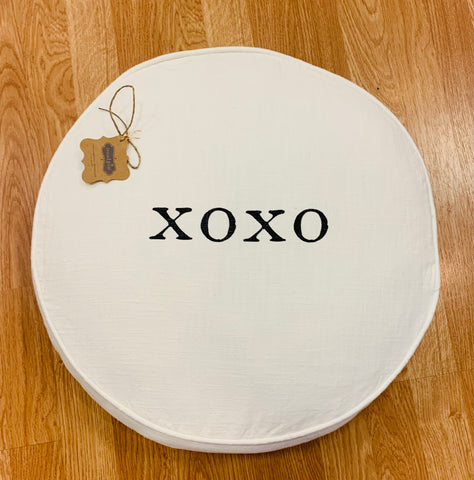 Xoxo Round Love Pillow