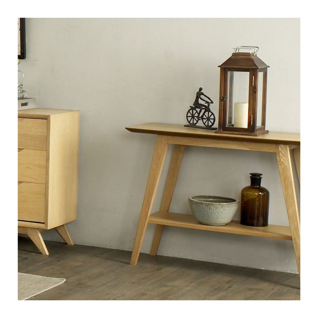 Erika Scandinavian Wooden Oak  Console Table with Shelf BROSA Elizabeth Console Table RETROJAN Vada Modern Designer Console - Oak MATT BLATT Fleetwood Console Table lifestyle