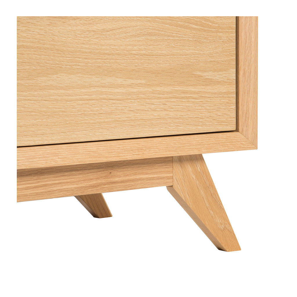 Erika Scandinavian Wooden Oak 3 Drawer Wide Chest of Drawers RETROJAN  Harper 3 Drawer Chest - Oak