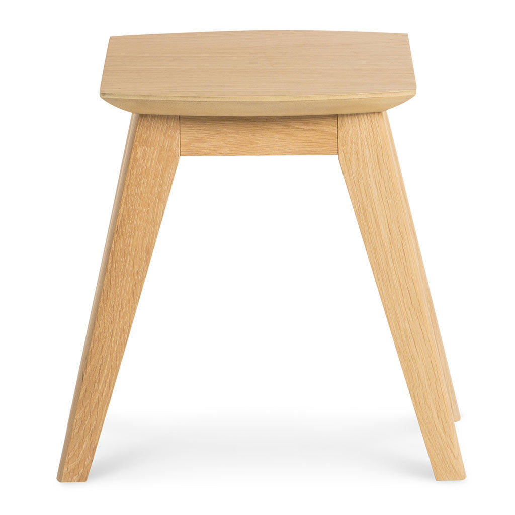 Erika Scandinavian Wooden Oak Nesting Side Tables BROSA Elizabeth Nesting Tables RETROJAN Brooklyn Danish Style Nest of Tables MATT BLATT Fleetwood Nest of 2 Tables