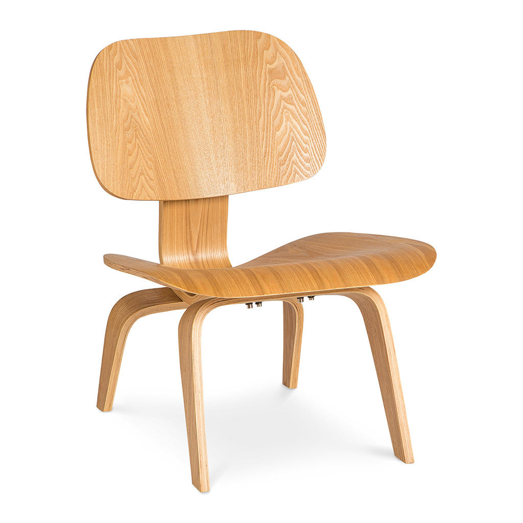 Eames moulded plywood lounge chair lcw replica the for Charles ray eames reproduction