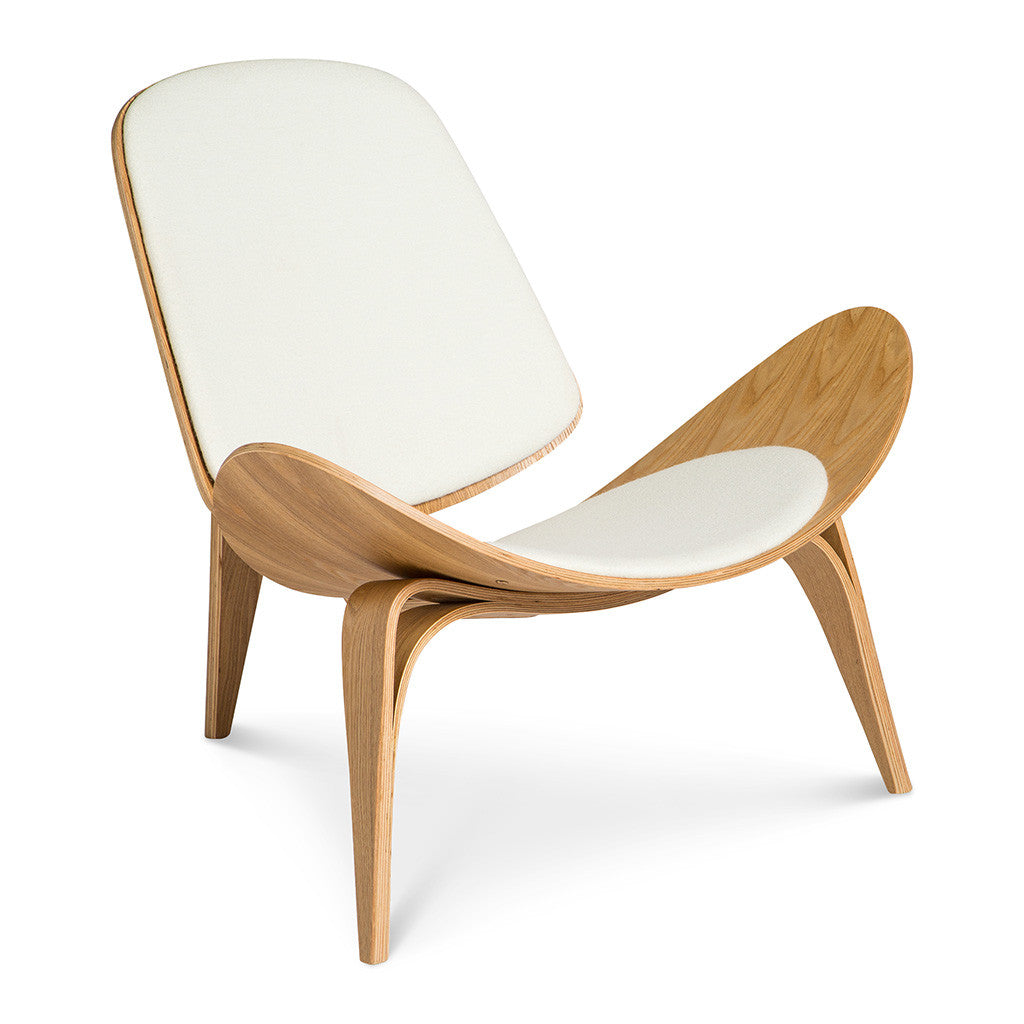wegner ch07 shell chair replica white natural the design edit