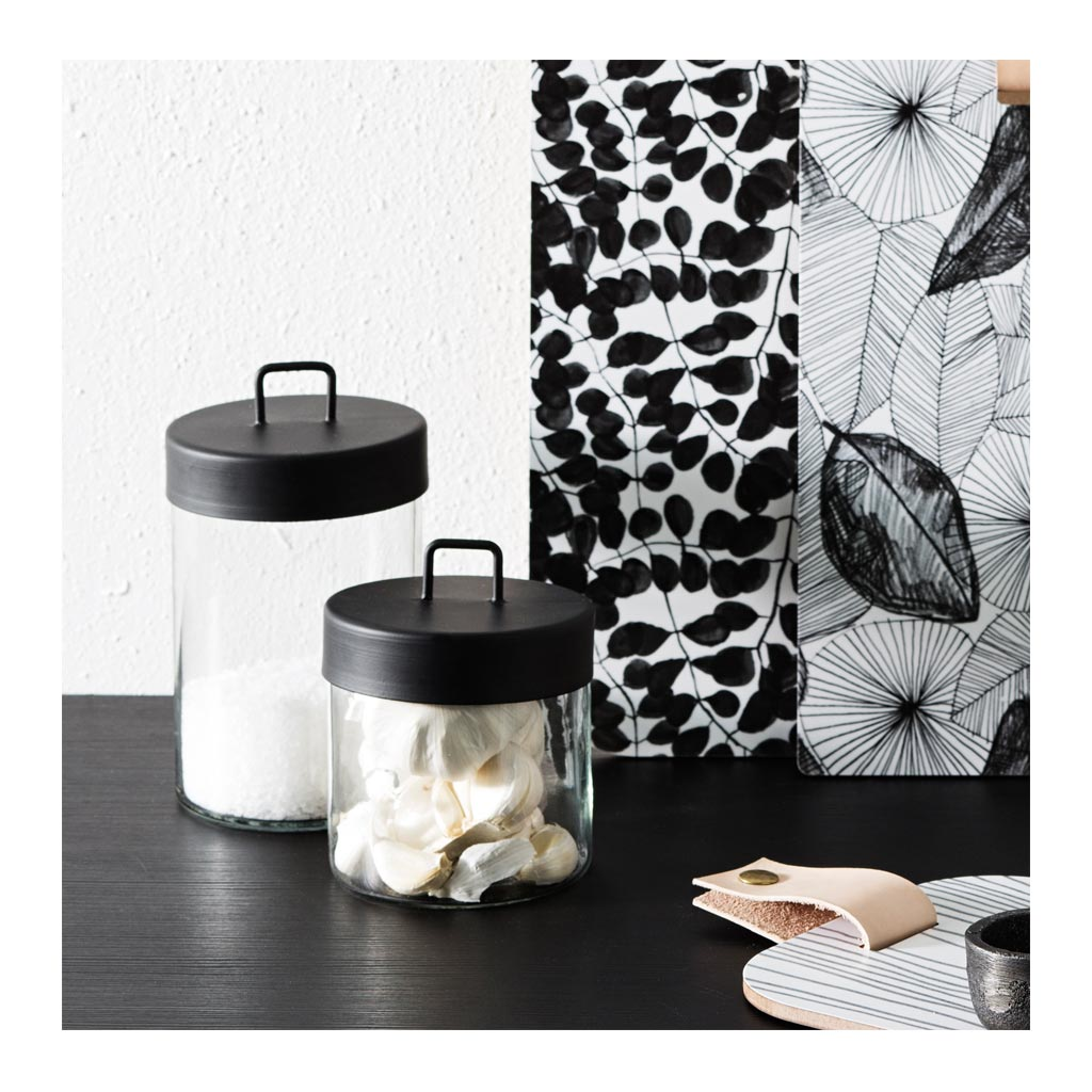 Other décor Zakkia Glass Jar - Medium Black  160208001MBLK lifestyle