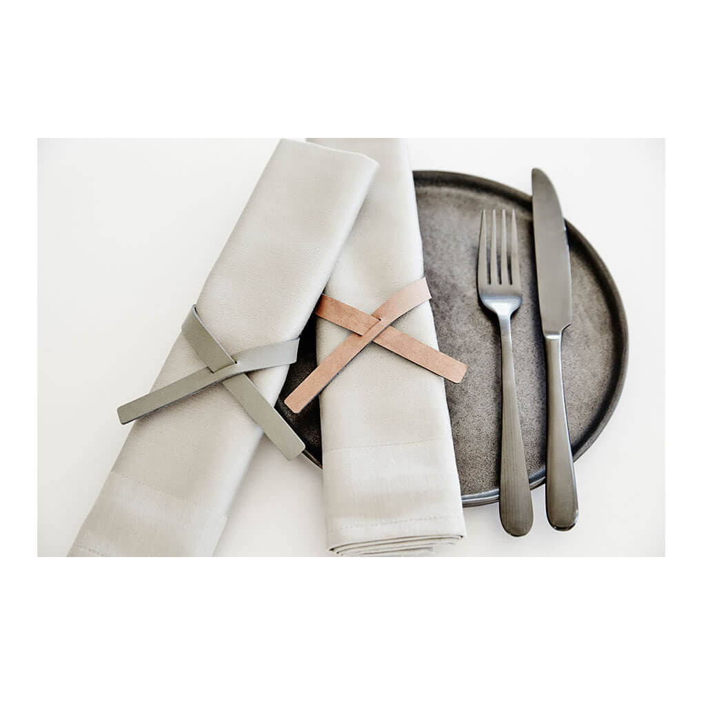 Tableware Lind DNA Nupo Loop Napkin Holder in Light Grey 981687 lifestyle