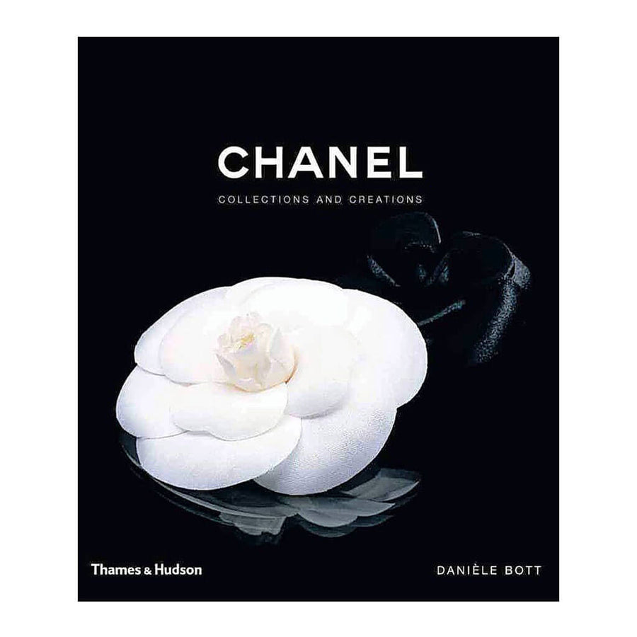 Thames & Hudson - Daniele Bott - Chanel Collections and Creations - ISBN 9780500513606 - front