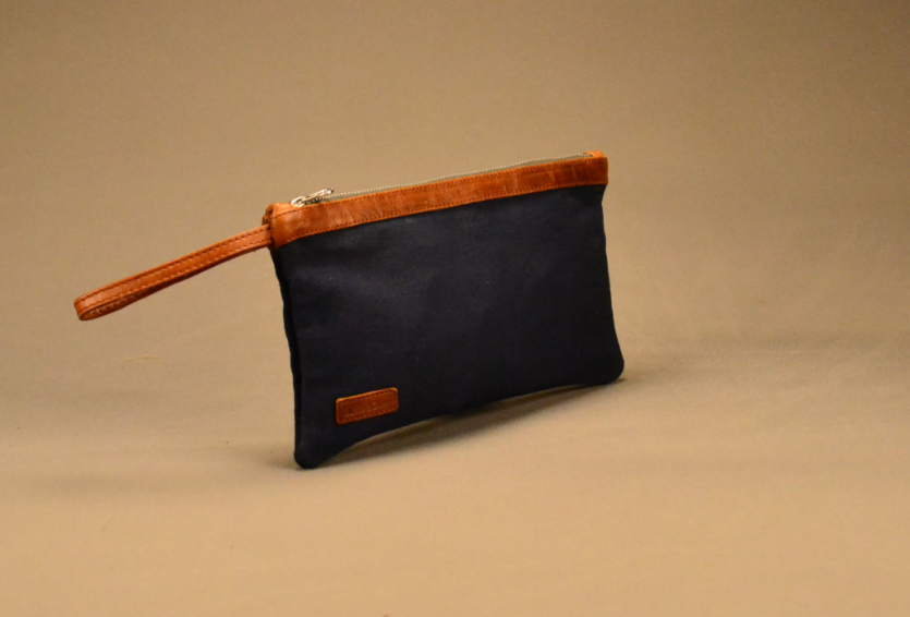 Deft Zipper Pouch - Canvas & Leather