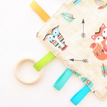 Load image into Gallery viewer, Sensory Blanket - Teepee Animals in Beige or Mint