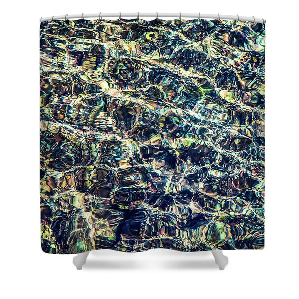 Majestic Flow | Shower Curtain