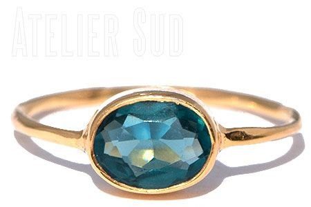 Ring Ovala London Blue Topaz Atelier Sud - spruytenKo