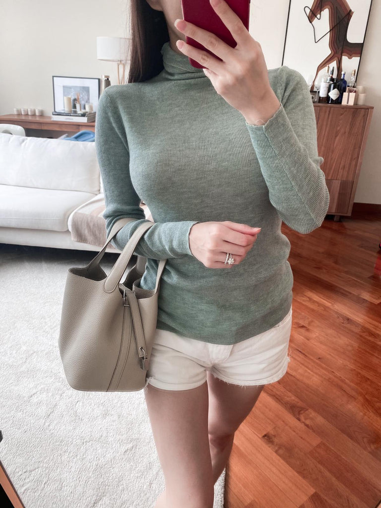 Jacky green turtleneck knitted sweater