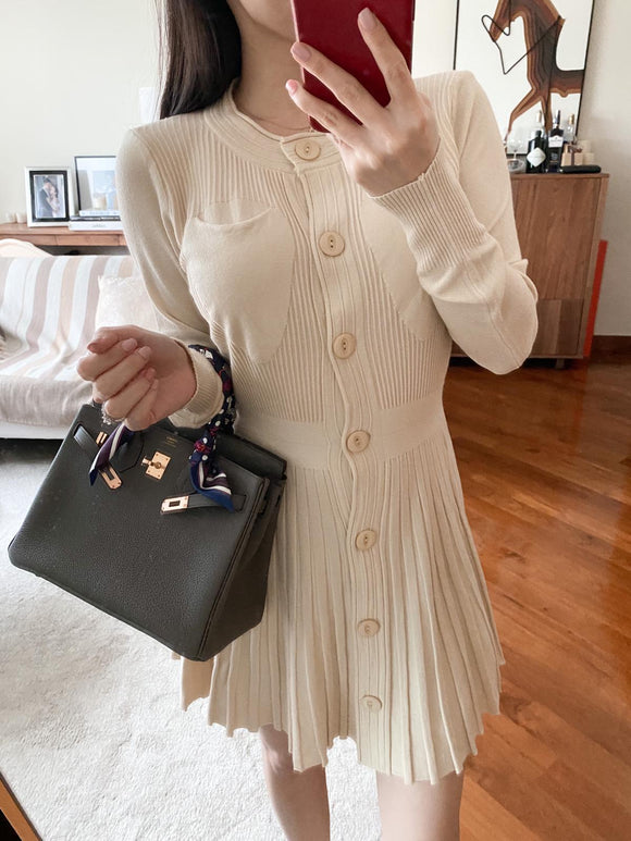Joey cream knitted pocket pleated dress