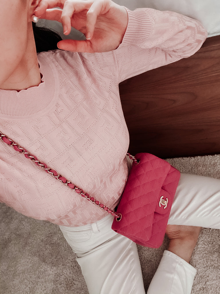 FENDI LOGO PATTERN LIGHTWEIGHT SWEATER - BABY PINK