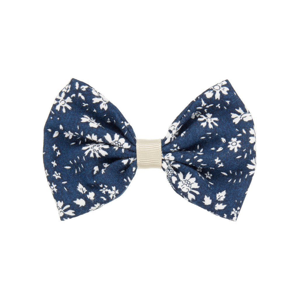 Pepper printed bow in Navy by MIMI & LULA