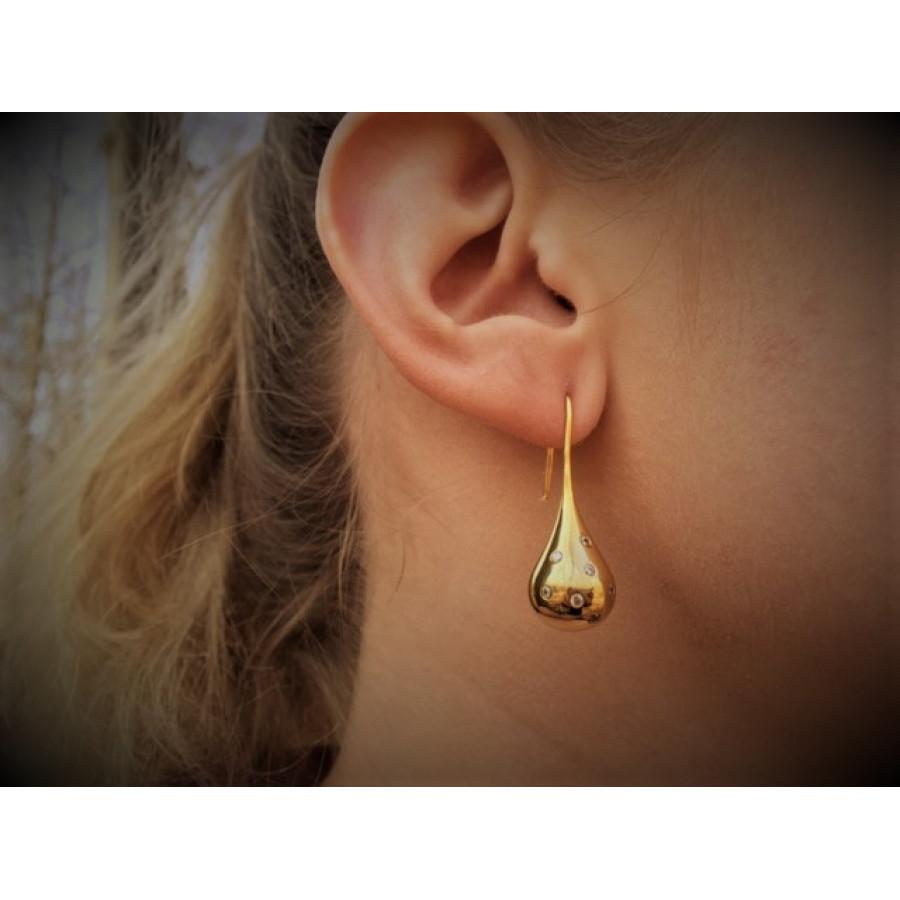 Droplet earrings in gold plated sterling silver with clear stones