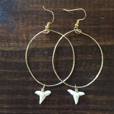 Dainty Circle Gold Shark Tooth Hoops // made in Charleston, SC