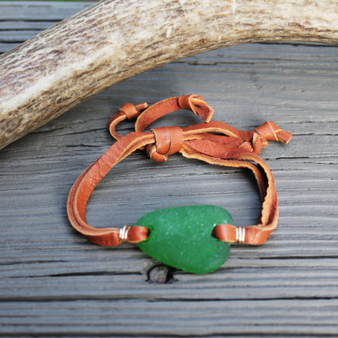 Green Beachglass Slipknot Bracelet with Suede or Deerskin Lace // Seaglass found in Charleston, SC