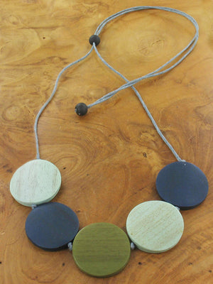 Adjustable Wooden 5 Disc Necklace