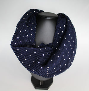 Polka Dot Magnetic Scarf