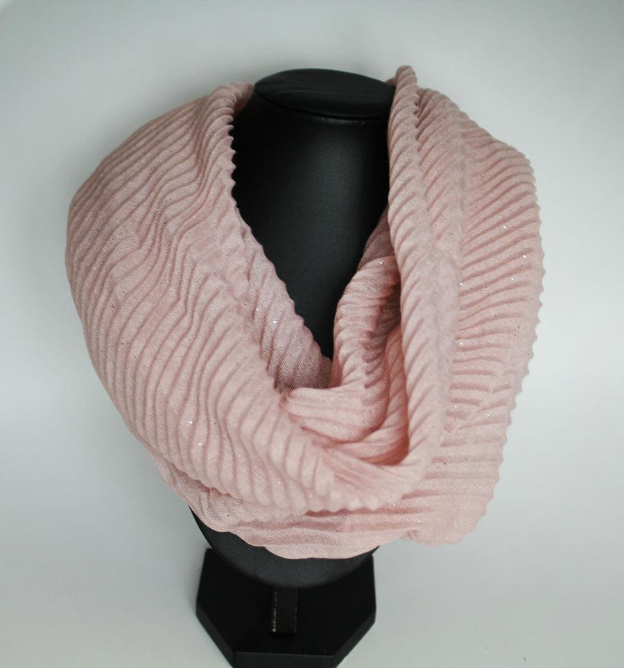 Sparkly Pleated Magnetic Scarf