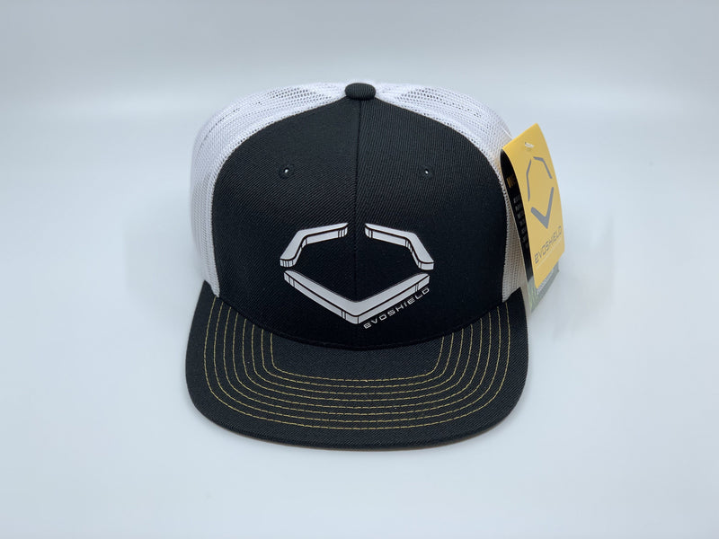 EVOSHIELD CRUNCH SNAPBACK HAT: BLACK / WHITE