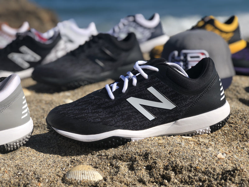 New Balance Men's T4040v5 Baseball and Softball Turf: Black and White