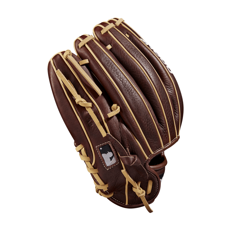 Wilson Blonde Welting on the new 2020 1786 Youth Baseball Glove