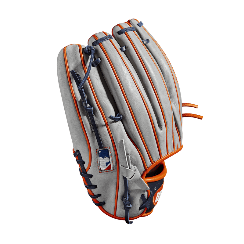 "Back Welt View of 2019 Wilson A2000 Carlos Correa 11.75"" Baseball Glove: WTA20RB19CC1GM"