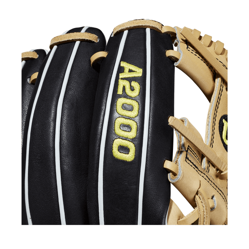 Wilson A2000 Logo on the new 2020 1786 Baseball Glove