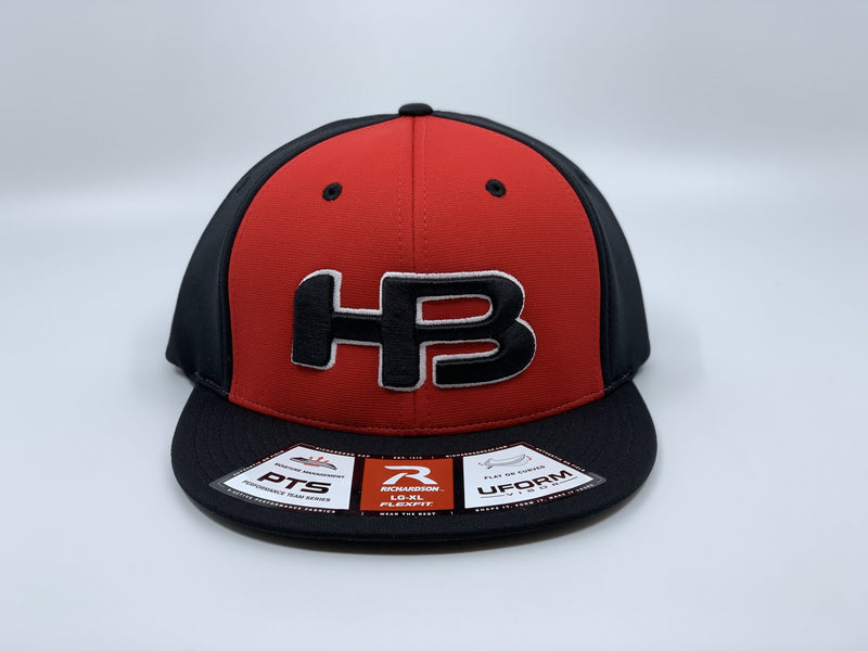 HB SPORTS EXCLUSIVE RICHARDSON PTS20 PULSE R-FLEX HAT: RED / BLACK