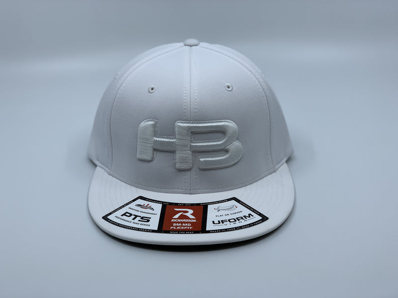 HB SPORTS EXCLUSIVE RICHARDSON PTS20 PULSE R-FLEX HAT: WHITEOUT