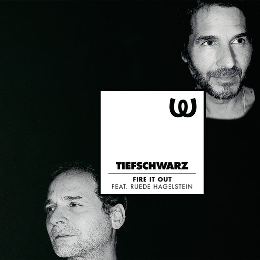 Tiefschwarz<BR>Fire It Out