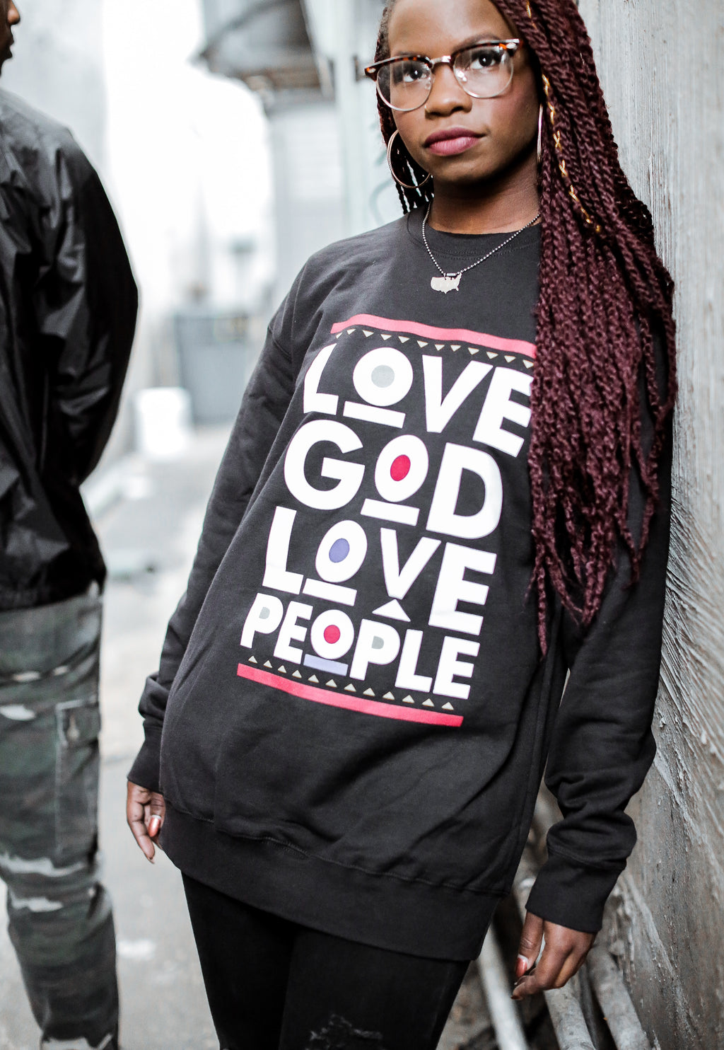 Love God 90's Sweater - Black