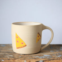 Pizza Mug with Gold Tooth