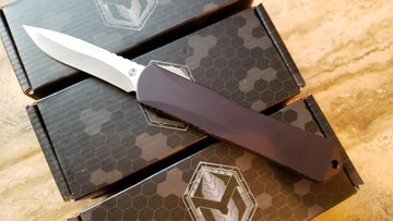 Heretic Knives Manticore-X Recurve Stonewash Black DA OTF Auto Knife