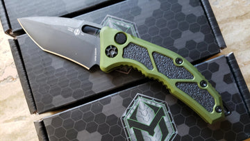 Heretic Knives Medusa Recurve DLC Green, Black Automatic Knife