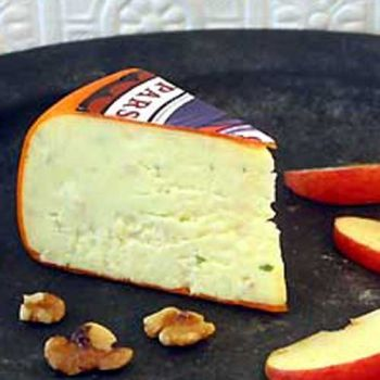 Olde Hudson - Harlech Cheese - Welsh Cheddar Cheese