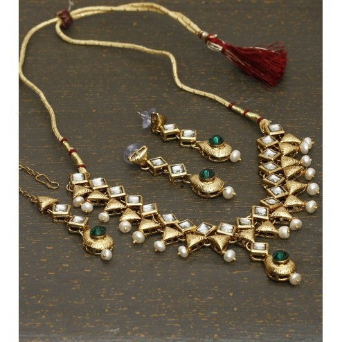 Golden Stone Embellished Necklace Set