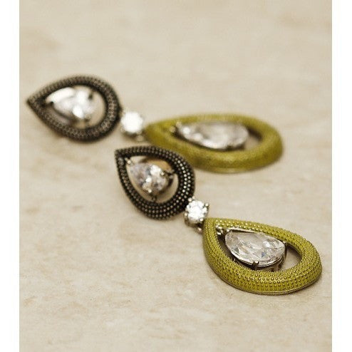 Green Teardrop Embellished Earrings - rang