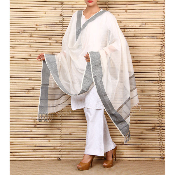 White & Black Cotton Silk Maheshwari Dupatta - rang