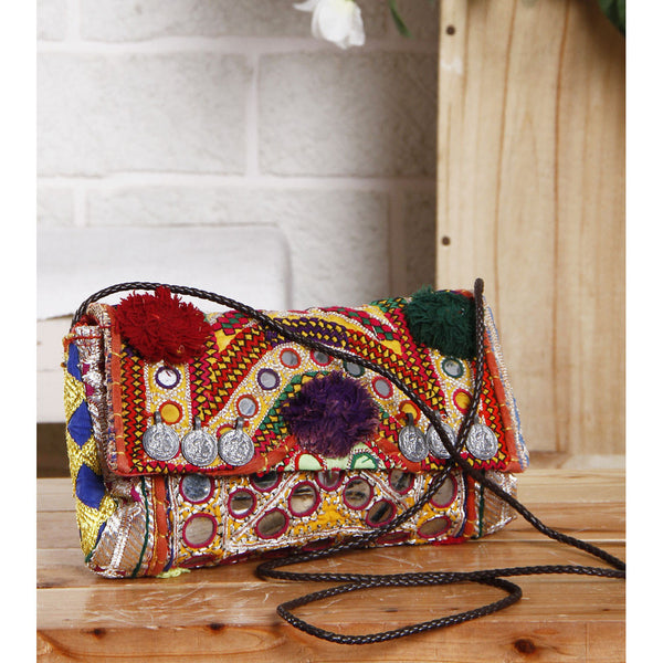 Multicoloured Embroidered Afghani Clutch - rang