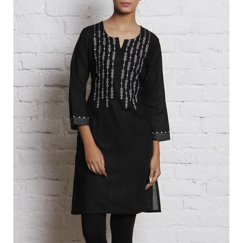 Black Embroidered Voile Kurti - rang